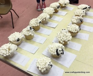 Chinese-new-year-sheep-cupcakes-Guides