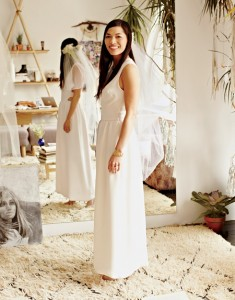 simple-elegant-wedding-dress-stone-fox-bride
